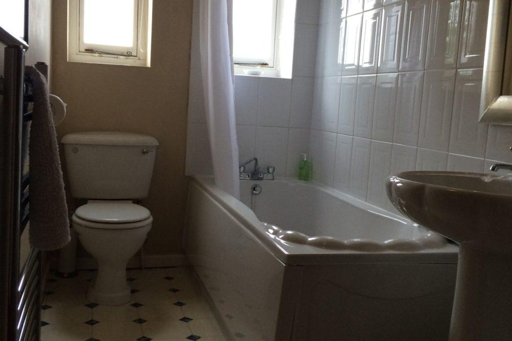 8 & 10 Bathroom